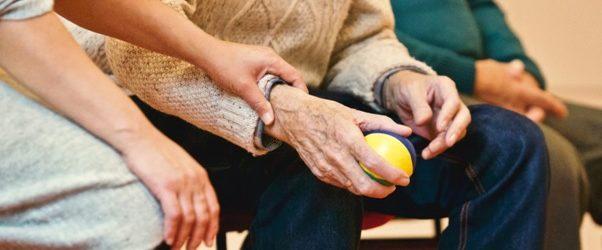 La fisioterapia es tan versátil que hasta puede curar problemas respiratorios en ancianos